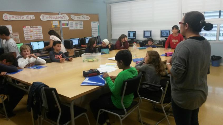 escola_nova_tallers_grans_informatica