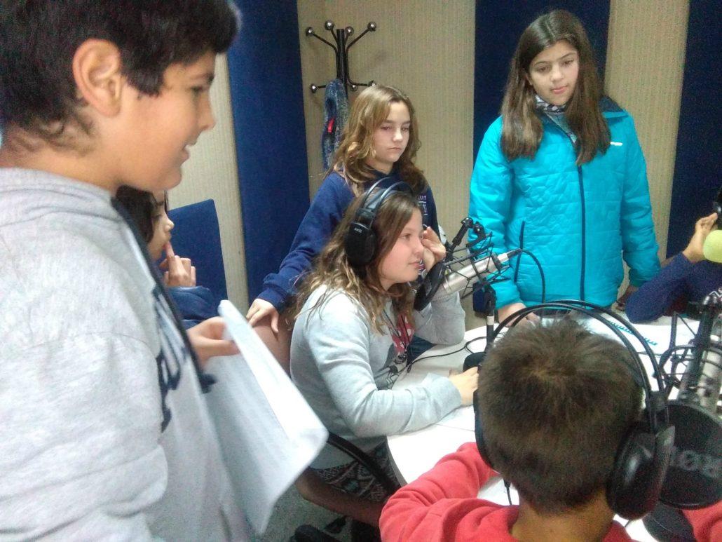 Escola_nova_taller_ràdio_grup2_3