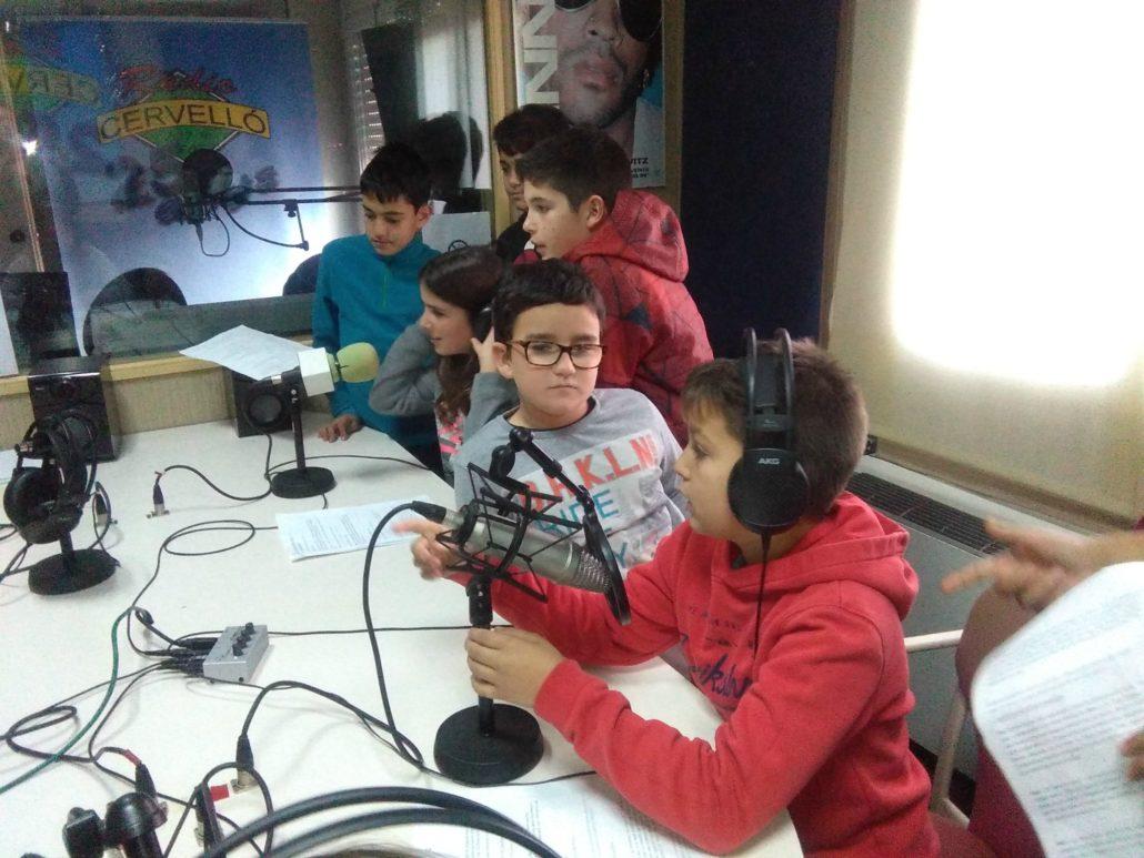 Escola_nova_taller_ràdio_gurp2_1